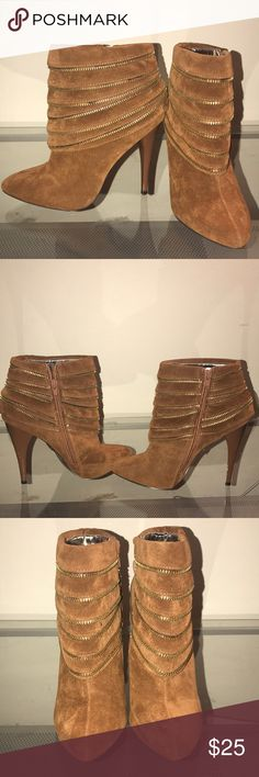 "SALE! Qupid Luxe ""Prita"" Rust zipper  boots 7 1/2 Qupid Luxe""Prita"" Rust zipper ankle boots 7 1/2   4inch heel. Worn 1x. Box included Qupid Shoes Ankle Boots & Booties"