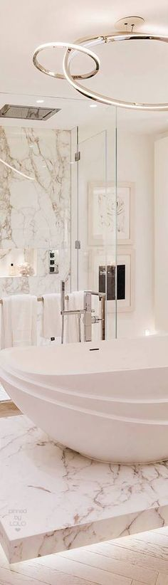 Kelly Hoppen | LOLO❤︎  Micoley's picks for #luxuriousBathrooms www.Micoley.com