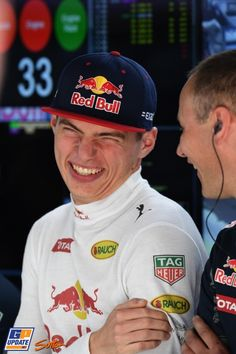 Max's face is just a straight up meme, and I'm here for it Red Bull F1, Red Bull Racing, Gp F1, Formula 1 Car, F1 Drivers, Smiles And Laughs, Grand Prix, Race Cars, Fangirl