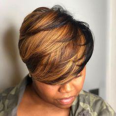 Hello here are some lovely and classy hairstyles for the ladies. Every lady needs to look good in her hair so you can choose from these ones and see how beautiful you will look. Classy Hairstyles, Pretty Hairstyles, Wig Hairstyles, Black Hairstyles, American Hairstyles, Short Hair Cuts, Short Hair Styles, Natural Hair Styles, Short Wigs