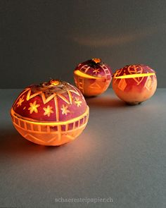 I love these designs of these Räbelichtli Summer Art, Pumpkin Carving, Fall Decor, Diy And Crafts, Candle Holders, Projects To Try, Thanksgiving, Wiccan, Pagan