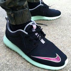 promo code 82c82 32f39 Nike Roshe Run FB