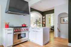 Design by Washington, D.C Photography by Keith Miller Keiana Photography Dc Photography, Southern Living Homes, Kitchen And Bath Design, Custom Design, Kitchen Cabinets, Remodeling, Washington, Home Decor, Trendy Tree