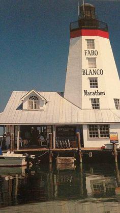 FARO BLANCO- Marathon, Florida Keys- This privately owed lighthouse was built in 1950 Marathon Florida Keys, Marathon Key, Dream Vacations, Vacation Spots, Beacon Of Light, Light Of The World, Dream City, Florida Travel, Ocean Beach