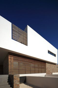 Pictures - Alpha House - Architizer -- Article ideas / Terrace Ideas For Articles on Best of Modern Design - So many good things! Houses Architecture, Minimalist Architecture, Residential Architecture, Contemporary Architecture, Architecture Details, Interior Architecture, Architecture Posters, Modern Contemporary, Facade Design