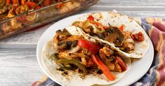 These quick and easy Baked Chicken Fajitas are packed with veggies, all cooked in one pan, and ready in 30 minutes! Plus they are clean eating, low carb, gluten...