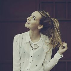 a celebrity I would like to trade lives with: Katelyn Tarver...she's talented, really pretty and she gets to kiss Kendall Schmidt a lot XD