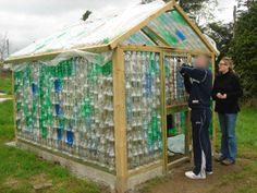 bottle greenhouse - This is actually really cool! Way cheaper than finding/buying reclaimed windows Bottles And Jars, Water Bottles, Plastic Bottles, Organic Gardening, Gardening Tips, Hot House, Cold Frame, Unique Gardens, My Secret Garden