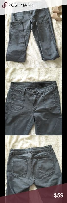 """⛔️CLOSET CLOSING TODAY⛔️ Club Monaco Skinny Jeans A nice pair of skinny by one of my favorite brands, Club Monaco! The material is very soft & nice. The color is gray with a bit of washed out look. Complete your edge look with this classic Club Monaco pants   * Condition: Gently worn, in very good condition with no damage or stains  * Size: 4  ‼️My closet closing today, last chance ‼️  No trades or holds or ️aypal ✅ Reasonable offers only ✅ Use """"Offer"""" button  Bundle & save ❤️  Fast shipping…"""