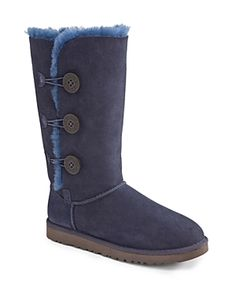 UGG BAILEY BUTTON TRIPLET BOOTS. #ugg #cloth #