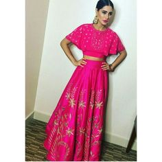#nargisfakhri in #AnitaDongre #bridal #couture #gotapatti #epiclove #luxury #bridal #brides #diwali #lehenga #skirt #handcrafted #handmade #embroidery #print #bohemian #boho #bohochic #bridesmaid #bridesmaids #bollywood #bollywoodstyle #celebstyle #wedding #weddings #sangeet #festive #festival #rajasthan #india #indian