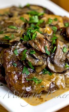 Slow Cooker Swiss Steak | bakeatmidnite.com
