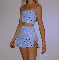 Stunning Summer Outfits With Mini Skirt You Would Love To Try This Summer; Summer Outfits With Mini Skirt; Stunning Summer Outfits With Mini Skirt; Mini Skirt For Summer; Aesthetic Fashion, Aesthetic Clothes, Look Fashion, 90s Fashion, Fashion Outfits, Fashion Women, Retro Aesthetic, Fashion Belts, Aesthetic Grunge