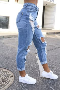 Valerie Vintage Denim Jeans - Restock Grow And Glo Boutique # valerie vintage jeans - restock grow and glo boutique # jean denim vintage valerie - restock grow and glo boutique Teenage Outfits, Teen Fashion Outfits, Outfits For Teens, Summer Outfits, Summer Ootd, Spring Ootd, Winter Ootd, Jeans Fashion, Mom Jeans Outfit Summer