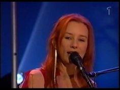 Tori Amos - A Sorta Fairytale (Live Söndagsöppet Swedish Tv 2002)