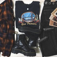 To School Outfit For College To School Outfit Grunge To School Outfit Party Edgy Outfits, Retro Outfits, Vintage Outfits, Girl Outfits, Fashion Outfits, Cute Grunge Outfits, Curvy Outfits, Mode Grunge, Style Grunge