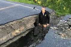 Earthquake: Deaths, major damage after severe quake hits Hanmer Springs, tsunami warning issued Earthquake Damage, Earthquake And Tsunami, New Zealand Earthquake, Tsunami Warning, Christchurch New Zealand, Live In The Now, British Isles, Natural Disasters, Auckland