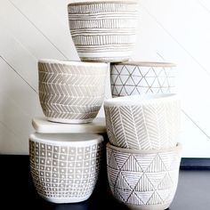 Natural Geometry Pots with Drainage Clay Pinch Pots, Ceramic Pinch Pots, Ceramic Planters, Clay Pots, Painted Pots, Painted Pumpkins, Ceramic Glaze Recipes, Pottery Painting Designs, Vases Decor