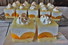 I like baking cream cake with fruits. Apricot Cake, Cake Recipes, Dessert Recipes, German Desserts, German Cake, Czech Recipes, Lebanese Recipes, Polish Recipes, Dessert For Dinner