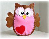 Felt owl hand puppet designs