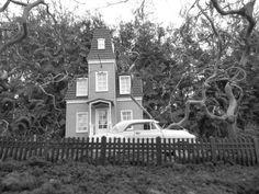G-Scale Garden Train - Haunted House