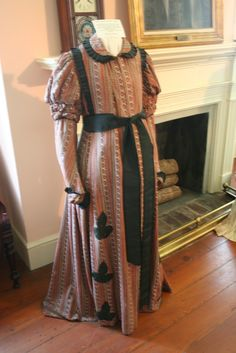 Victorian Maternity Dress | Historical Maternity Wear
