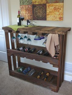 Wine Bar Made from Recycled Wood Pallets -- How to on CraftFoxes