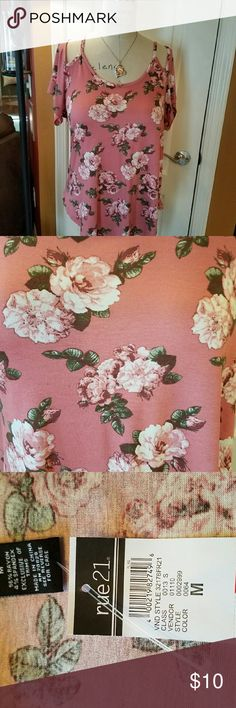 New Floral Top 96% Rayon and 4% Spandex.  Mauve with white roses. Cute cut out shoulders! Rue 21 Tops Blouses