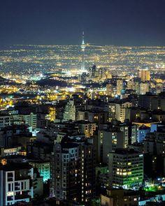 Good night Tehran  . . . خب من می خوام بر این حس غربت غلبه کنم و رسما عکاسیو ادامه بدم فقط اوایلش یکم سخته چون باید به فضاهای شهری اینجا عادت کنم ، پس لطفا اگه میشه تحمل بفرمایید تا جا بیفتم   توی هر کدوم ازین خونه ها که هستین و نیستین شبتون بخیر و پر از آرامش  . . . #photographyislife #instapersia #ig_global_live #thstreetlife #tehran #insta_global #insiran1 #dooorbin #bestofday #justgoshoot#night #architecture#nightout#mustseetehran #citylife#tehraner#harfeaks#aksdastan#cityexplore