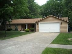 1135 Royal Dr, Amherst OH 44001 - Zillow
