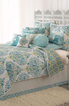 Breeze Quilt ,lovely idea ,use a king size sheet under mattress and sew a border with same fabric