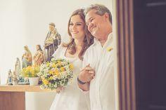 Casamento Intimista (mini wedding) - Noiva e pai a caminho do altar