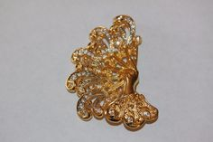 Vintage Art Deco Jewelry Brooch Lady's Hand With Rhinestone Fan Pin