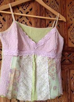 À vendre sur #vintedfrance ! http://www.vinted.fr/mode-femmes/debardeurs/25677228-top-voile-fines-bretelles-m