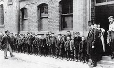 Children queuing for soup, Manchester, 1900
