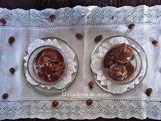 Un delicioso helado de Plátano de Canarias y Chocolate, que te va a encantar. http://elcuadernoderecetas.blogspot.com.es/2014/09/helado-de-platano-y-chocolate-sin-azucar.html#more