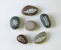 Nature Set 6 Set of 6 hand-painted nature-inspired designs in acrylic ink. Pebble Painting, Stone Painting, Rock Painting, Painted Rocks, Hand Painted, Doodle Paint, Ink Doodles, Sticks And Stones, Crafty Craft