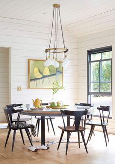 A Modern Farmhouse Dining Room Concept