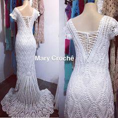 Janja croche Crochet Wedding Dress Pattern, Crochet Wedding Dresses, Chic Wedding Dresses, Diy Wedding Dress, Wedding Dress Patterns, Crochet Lace, Pineapple Crochet, Crochet Accessories, Crochet Clothes