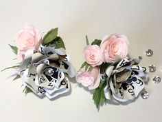 Groom & Best Man Boutonnieres, Playing Card Flower with Crepe Flowers, Perfect for Poker Lovers, Vegas Wedding or Casino Themed Party Decor by ThePaintedPetaler on Etsy https://www.etsy.com/listing/268894986/groom-best-man-boutonnieres-playing-card