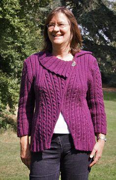 "Twist + Shout ""magic jacket"" by Robynn Weldon — Knitty Fall 2008"