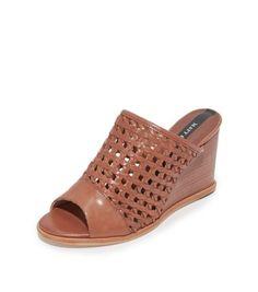 b8e949888cfa5 matt bernson pia woven leather wedges