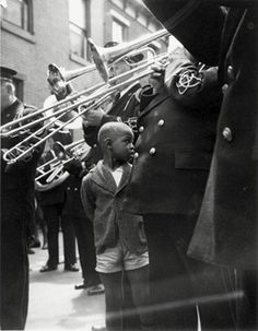 "Louis Faurer, ""Happy"", Cantrell Street, Philadelphia, 1937"