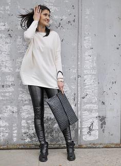 sklep.novamoda.pl sweter oversiez, cream sweater, oversize sweater, leather leggins, maxi envelope, streetstyle, style, streetstyle autumn
