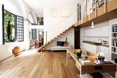 Arredamento moderno per rustico di stile - Arredamento moderno per rustico di stile con parquet
