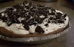Picture of The Lazy College Kid: Chocolate Cream Oreo Pie The Grandkids Would Love to Make this!!!