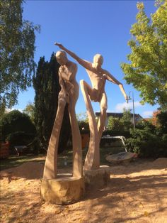 sculpture freedom for refugees made together with Edith Platzotta