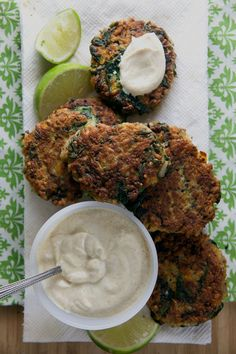 Sweet Potato and Quinoa Patties with Curry Dipping Sauce | @@HealthyDelish #henhouselinens