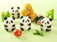 Un kit pour faire des onigiris en forme de pandas
