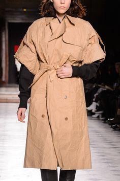A.F. Vandevorst at Couture Spring 2018 (Details)